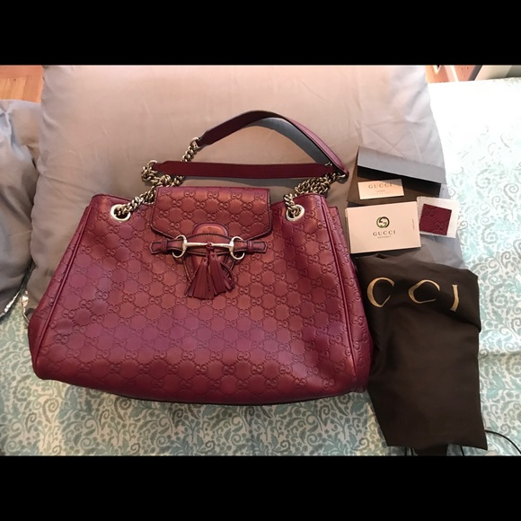 Gucci Handbags - 💯% Authentic Gucci Emily Shoulder Bag! 3626fc8aa0fb3